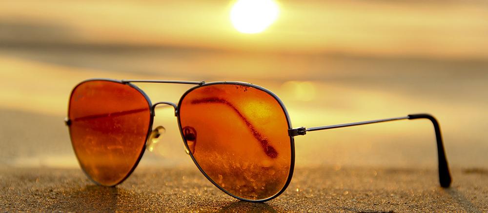 zonnebril backpack spullen